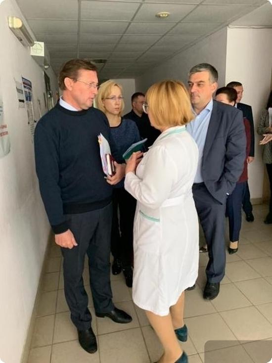 Замгубернатора встретился с медсестрами Красноуральска, грозившими «итальянской забастовкой»