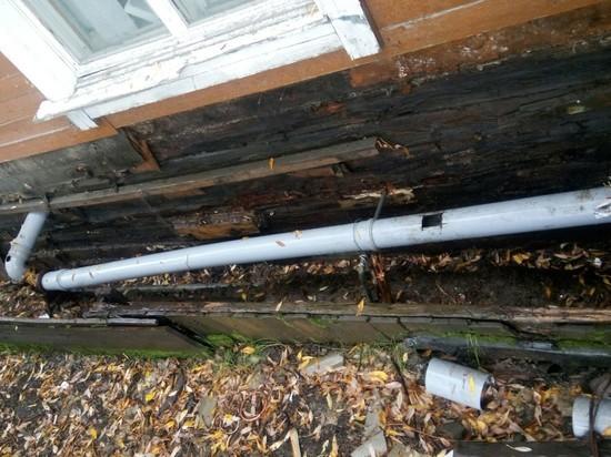 УК разобрала теплотрассу и оставила «голые» трубы в Лабытнанги
