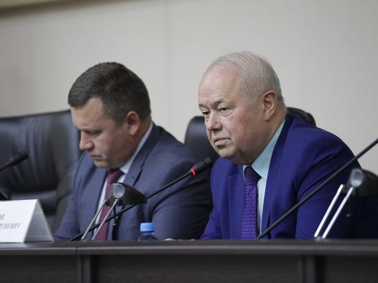 Иванов предложил устанавливать стеклопакеты в подъездах калужских домов