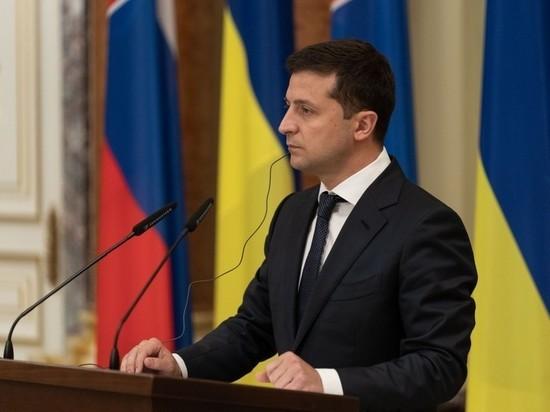 Зеленский разрешил украинцам пользоваться российскими соцсетями