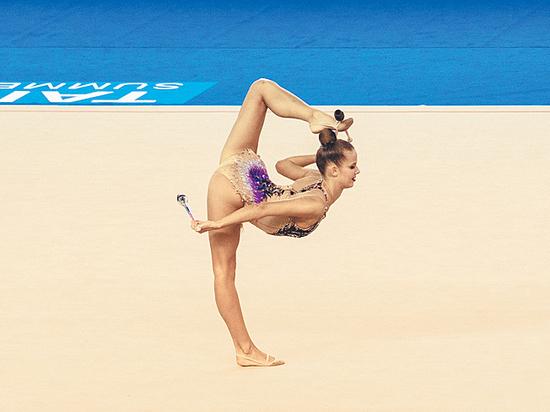 На чемпионате мира по художественной гимнастике поспорят российские близняшки