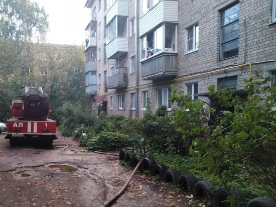 В калужской пятиэтажке произошел пожар