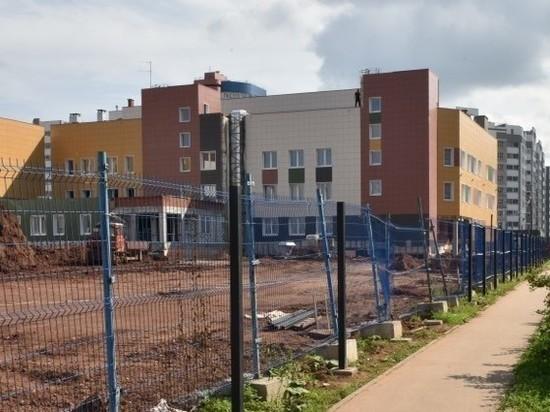 В новой школе в Чистых прудах делают внутренний двор