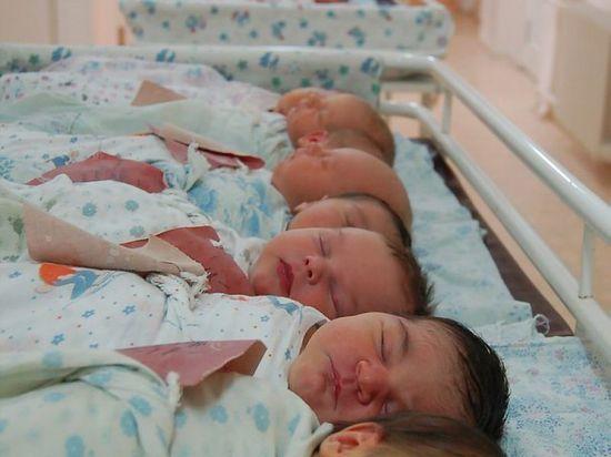 В Башкирии родились 13,5 тысяч мальчиков и 12,5 девочек