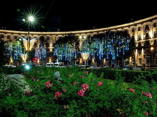 Воронежцам показали праздничное световое оформление ко Дню города