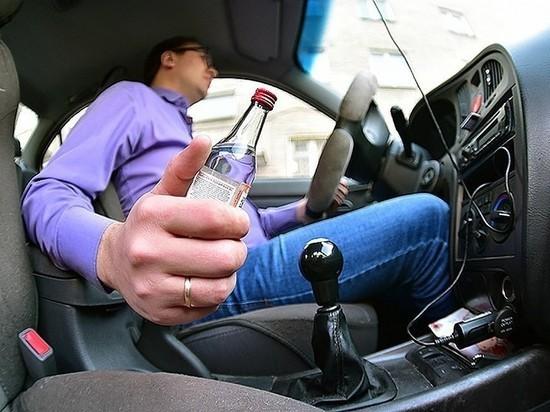Вечно за рулем, вечно пьяный: в Соль-Илецке водитель дважды попался сотрудникам ДПС