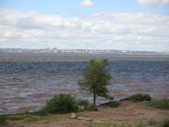 МЧС предупреждает жителей Волгоградской области об усилении ветра