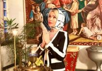 Дана Борисова разнесла сфотографировавшуюся на могиле Началовой модель Алену Кравец