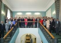 Взбунтовавшихся депутатов Мосгордумы осадили на  инаугурации