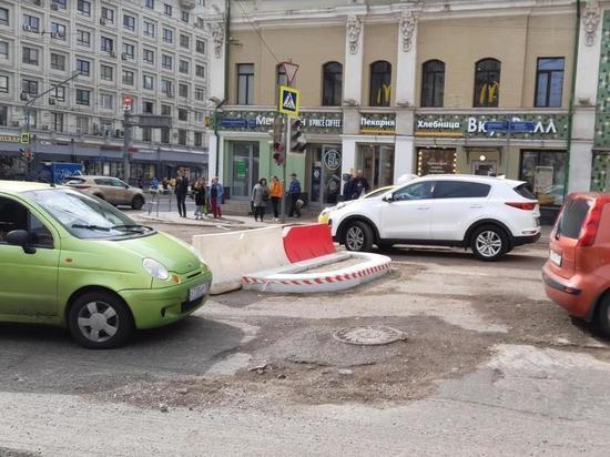 Бездумная инициатива транспортников: странные уличные конструкции становятся причиной ДТП
