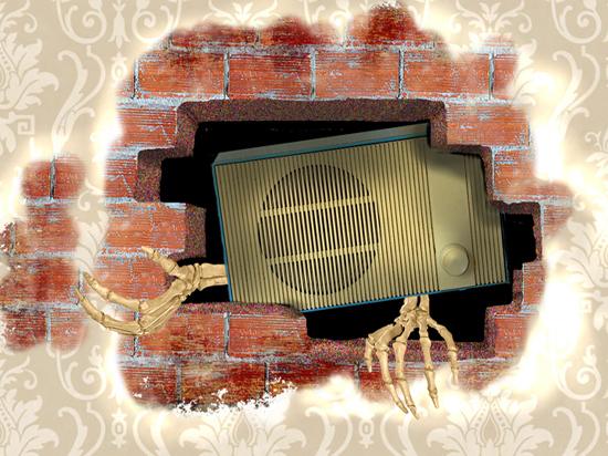 Зарплата 666 тысяч рублей: кто наживается на радиоточках в квартирах