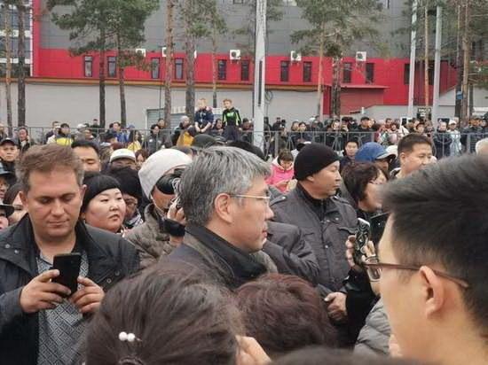 Как глава Бурятии на санкционированный митинг в Улан-Удэ ходил