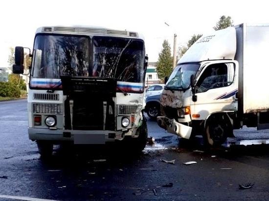 За минувшие сутки на дорогах Ивановской области зарегистрировано три аварии с пострадавшими