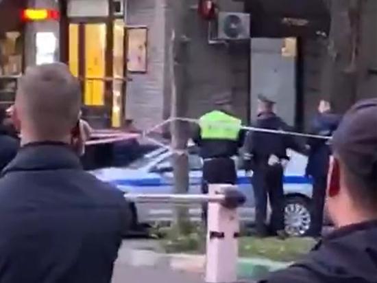 СМИ сообщили о причинах стрельбы между полицейскими на Рязанском проспекте
