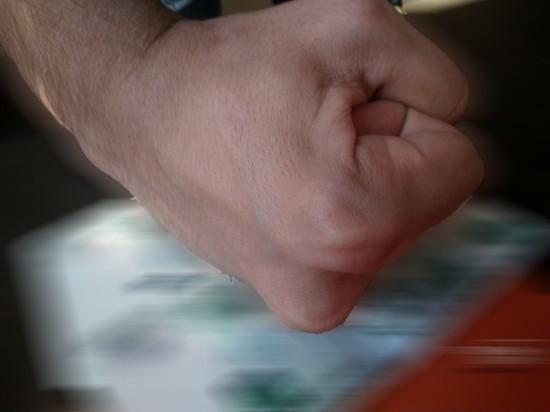 В Ясненском районе пьяный зверски избил двух людей