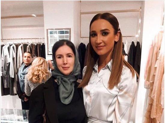 За Ольгу Бузову в платье от Айшат Кадыровой вступилась чеченский продюсер