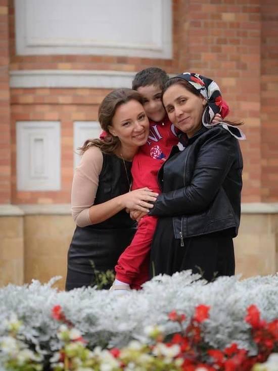 Покалеченную девочку из Ингушетии могут вернуть матери-инвалиду