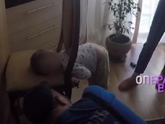 Ярославские спасатели помогли мальчику, у которого голова застряла в стуле