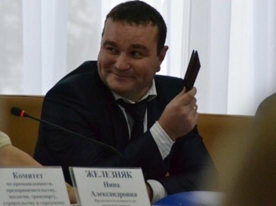 Осужденный экс-депутат пытается получить деньги за лишние дни в тюрьме