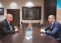 Темрезов обсудил вопросы развития Карачаево-Черкессии с Чеботаревым