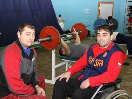 Пауэрлифтеры с ОВЗ из Ямала участвуют в чемпионате России