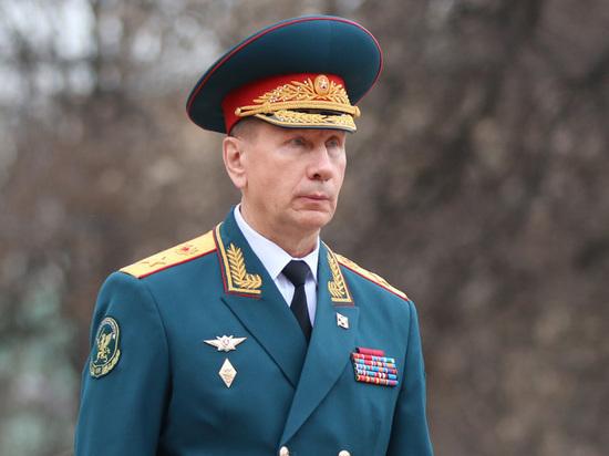 """Золотов призвал """"перевести"""" годы колонии Устинова блогеру Синице"""