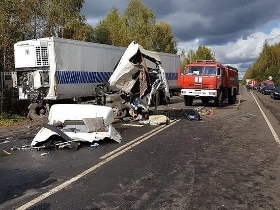 Количество погибших в автокатастрофе под Ярославлем увеличилось до 9