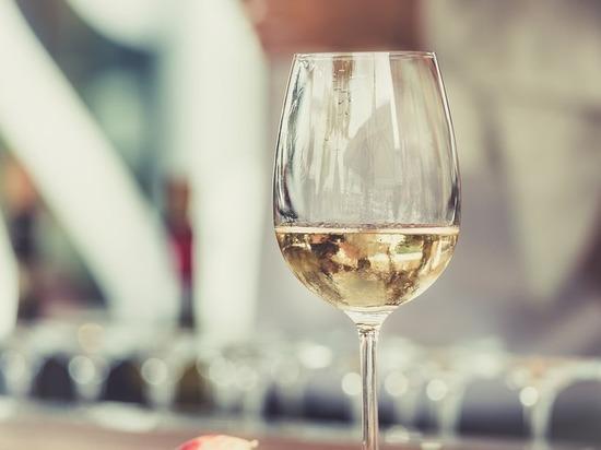 Минздрав напомнил об отсутствии безопасной дозы алкоголя