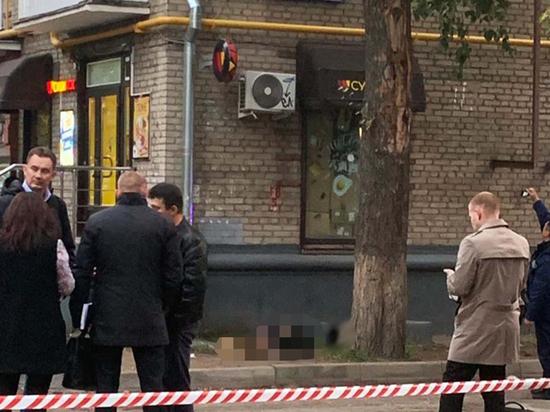 У дикого расстрела полицейского-особиста в метро две противоположные версии