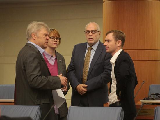 Депутаты-единороссы в Мосгордуме пригрозили