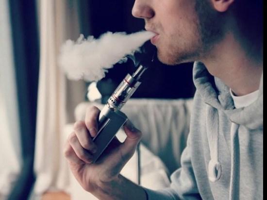 Администрация Трампа намеревается запретить ароматизированные электронные сигареты