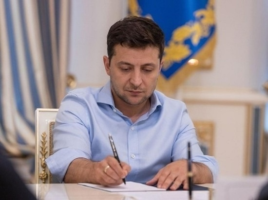 Зеленский стал почётным слепым Украины