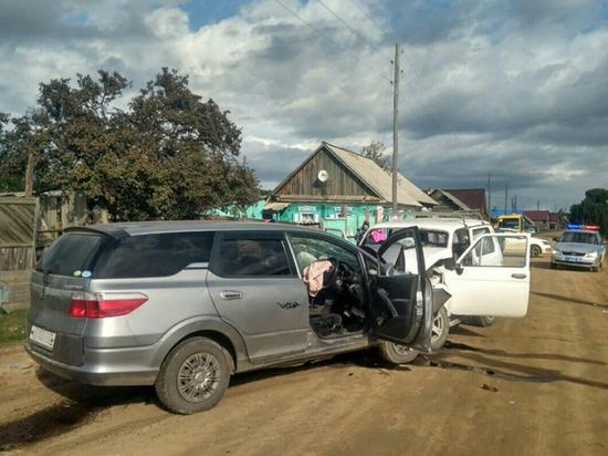 В Бурятии в одном ДТП погибло два человека и столько же пострадало