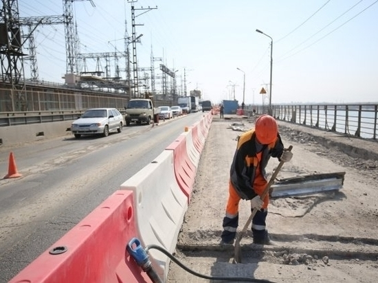 В Волгограде отремонтируют еще 200 м моста через ГЭС