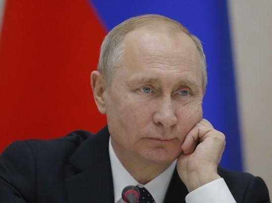 Песков заявил, что у Путина нет полноценных выходных
