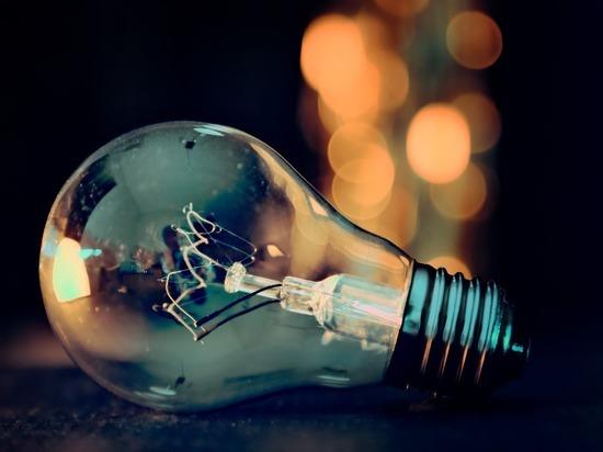 В Удмцртии отключили электричество 408 неплательщикам