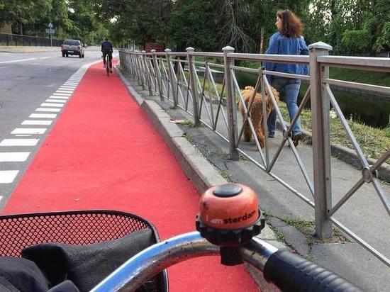 Грозный подарил Петербургу велодорожку с подсветкой, созданной незрячими работниками