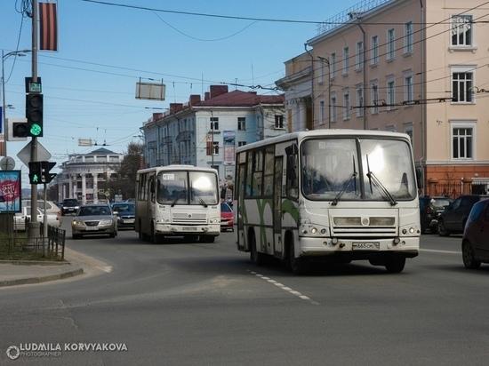 Закрытие мостов и учеба водителей: петрозаводские маршрутчики объяснили, зачем повысили стоимость