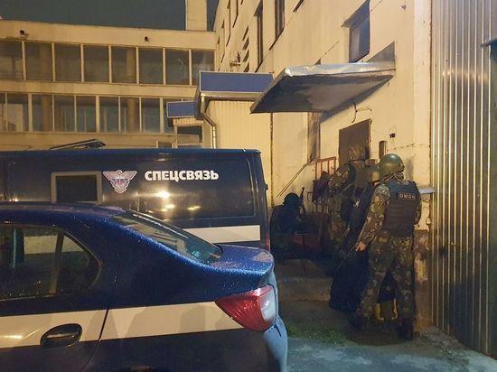 В Брянске напавшие на сотрудников спецсвязи пытались сжечь следы преступления