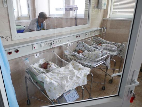 Сибирячка родила пятого ребенка в 54 года