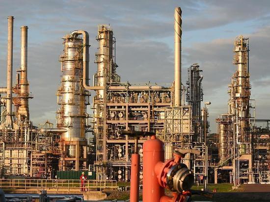 Импорт сырой нефти в ФРГ существенно снизился