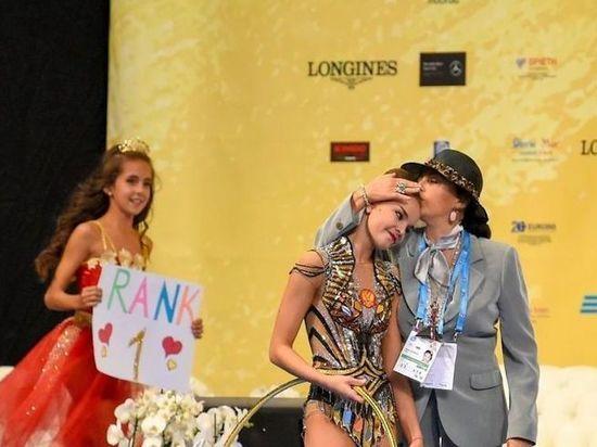 Сестры Аверины победили, поплакали и не пощадили костюм Винер-Усмановой