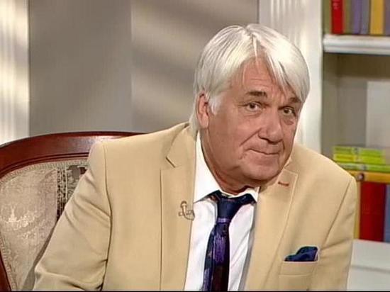 Юрий Шлыков называет себя маменькиным сынком