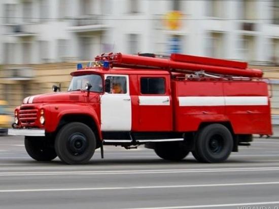 23 пожарные машины тушили склад «Леруа Мерлен» в Новосибирске