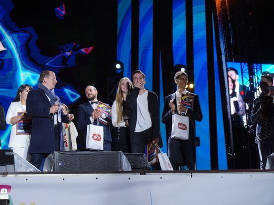 Ставрополец получил трехкомнатную квартиру за победу в песенном конкурсе