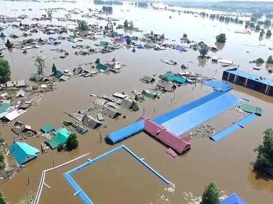 Жителям пострадавших от паводка районов Приангарья выдали 4 тысячи сертификатов
