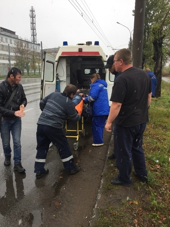 В ярославской маршрутке водитель спас пассажира
