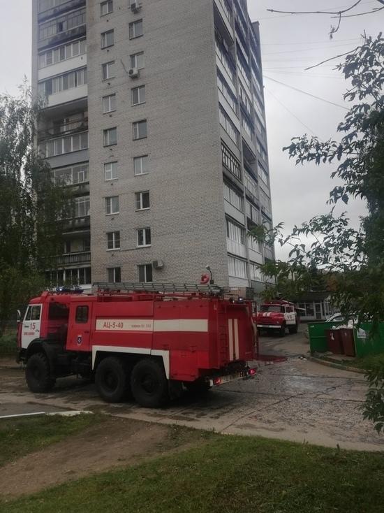 В Тверской области горит многоэтажка