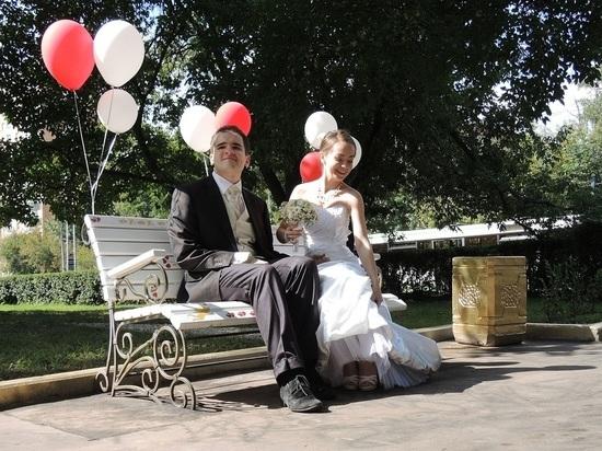 Средний возраст замужества у россиянок повысился на 8 лет