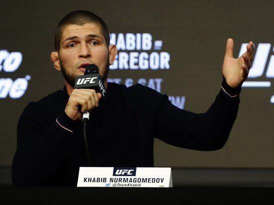 Боец UFC Хукер назвал самых опасных соперников для Нурмагомедова